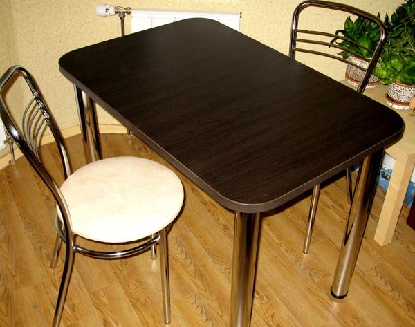 Стол венге с закругленными углами