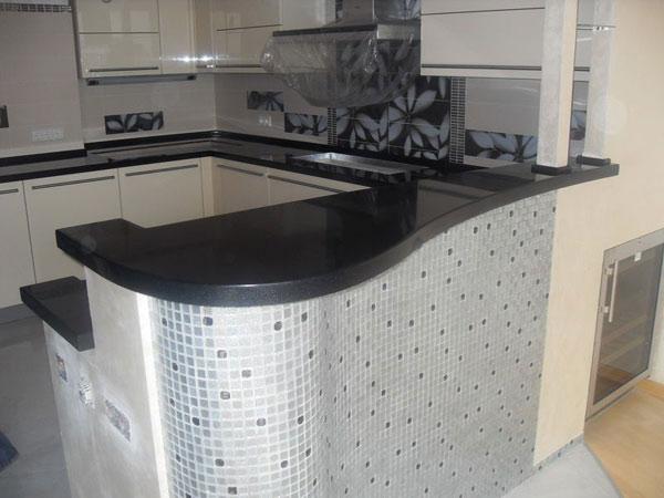 Столешница для кухни черная