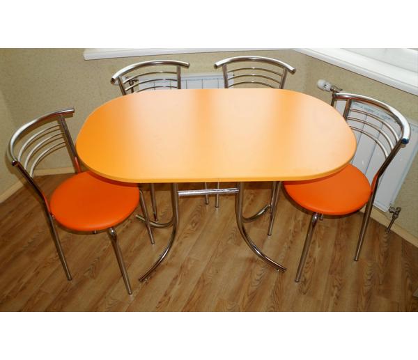 Удобный овальный стол