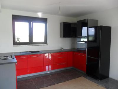 Угловая кухня «Красный с черным»