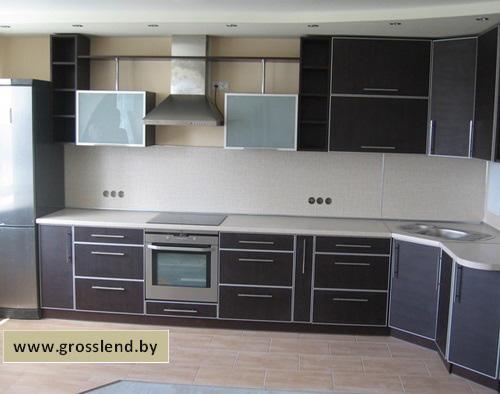 Угловая кухня темная