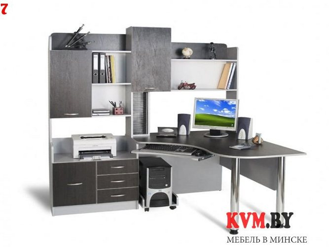 Угловой компьютерный стол со стенкой
