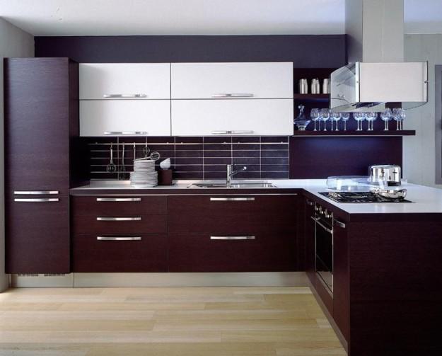Угловой кухонный комплект двухцветный