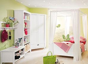 Какой должна быть мебель для девочек?