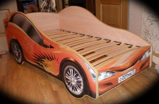 Делаем кровать машину своими руками